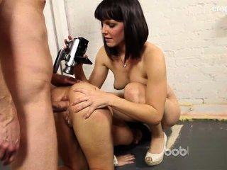 Nude afeitado pussy penis sucking