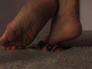 Rosto no chão