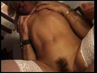 Puta francesa em meias brancas foda-se no seu asshole