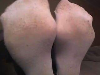 Menina, branca, meias, mostrando
