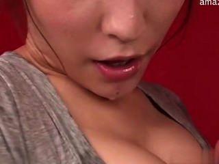 Esposa sexy amordaçando