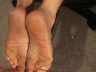 Cum em seus pés, burro, e língua!