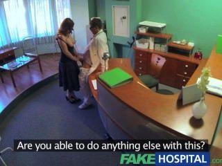 Fakehospital médicos compulasory exame de saúde faz busty temporário hospita