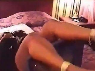 Pés de ébano torturados pelo amante dos pés (parte 1)