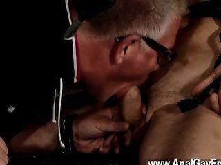 Quente cena gay dupla a diversão para