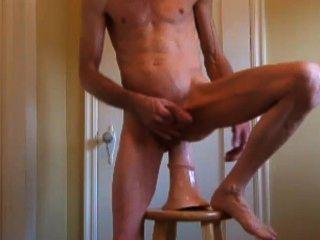 Pênis de cavalo de tróia, pênis duro raspado e burro esticado fuck e fisting