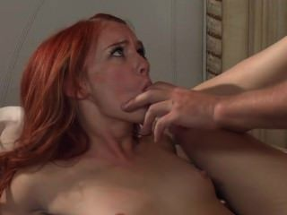 Dani jensen minúsculo redhead cockmongler