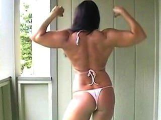 Laurie bikini treino